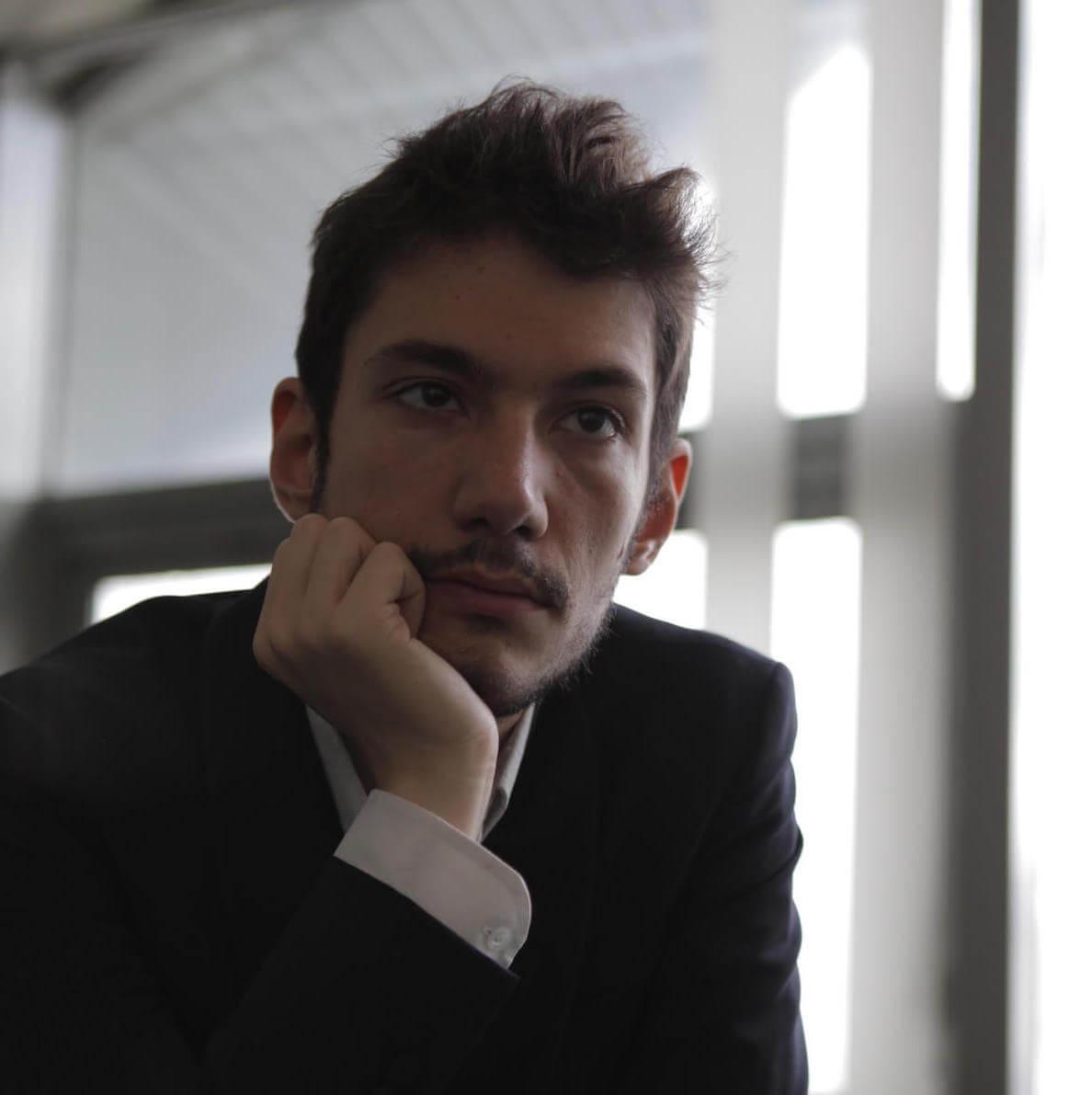 Equilibrium Michalis Boliakis